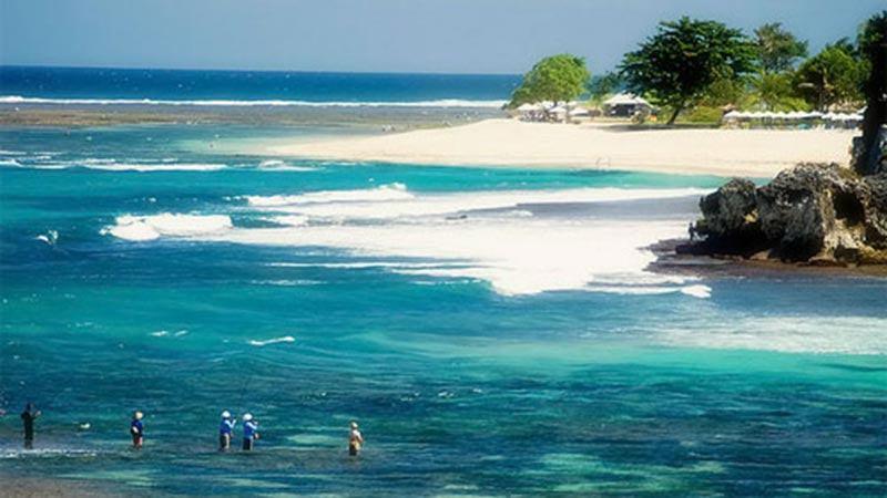 bali geger beach