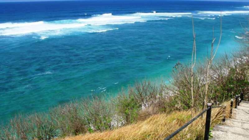 gunung payung beach bali