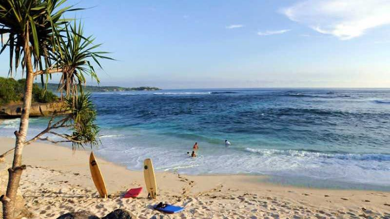 nusa lembongan island dream beach