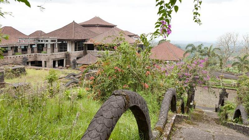 bali ghost hotel
