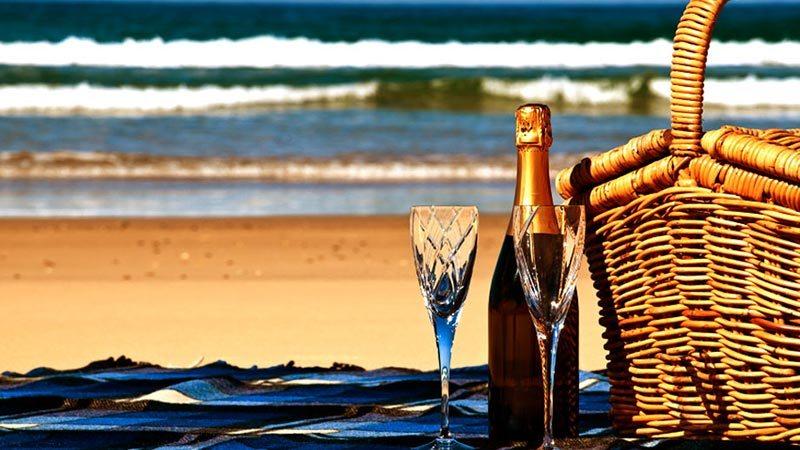 bali beach picnic