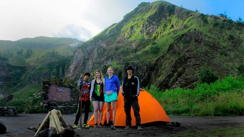 Bali must try activities: Camping at Mount Batur