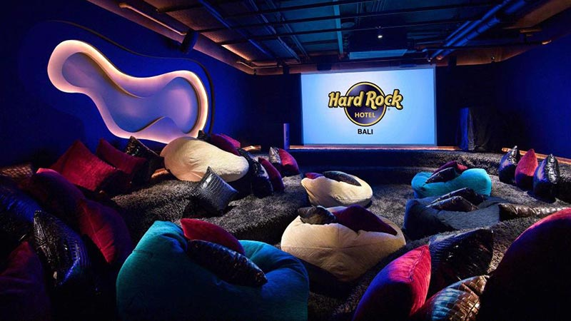 Bali with kids: TABU at Hard Rock Hotel Bali is the perfect place for older kids and teenagers