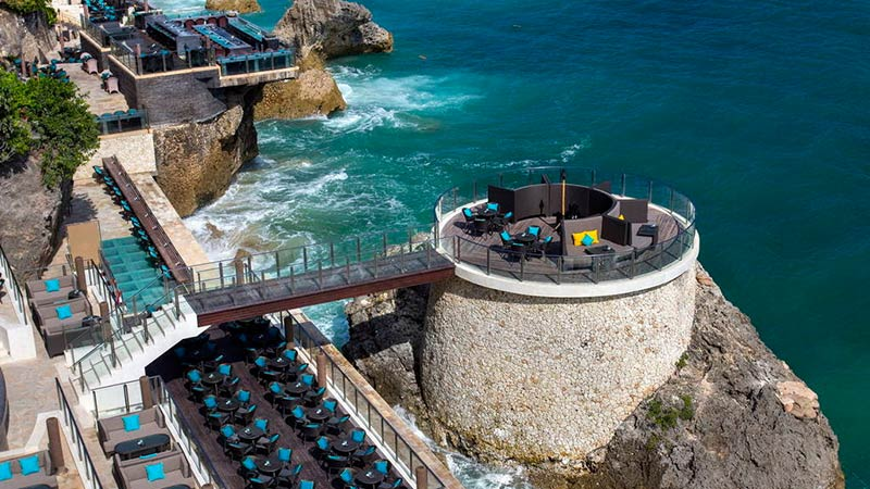 Best rooftop bars in Bali: Rock Bar at AYANA Resort