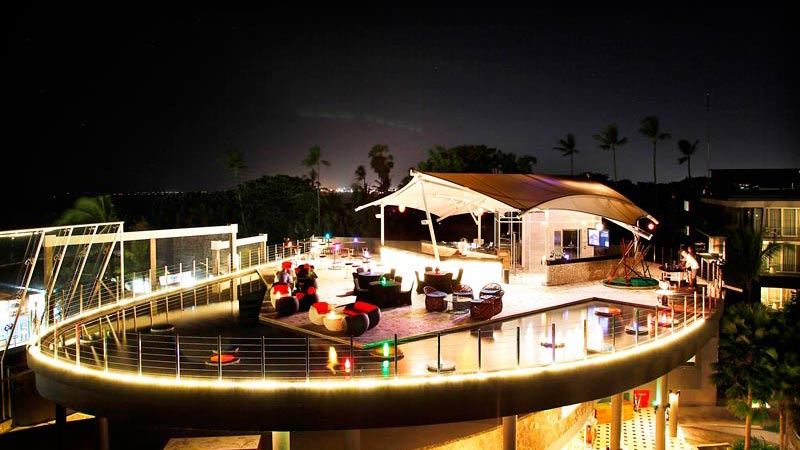 Best rooftop bars in Bali: Evening moods at Smoqee Sky Bar and Lounge