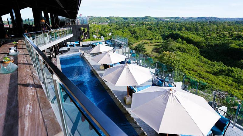 Best rooftop bars in Bali: Unique rooftop bat at Ayana Resort