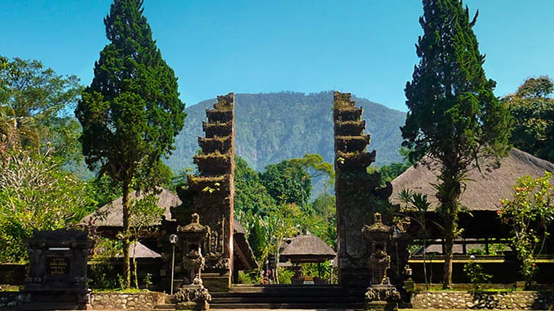Camping in Bali: Batukaru temple on Mount Batukaru