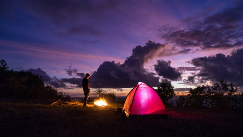 Camping in Bali: Bukit Asah after sunset