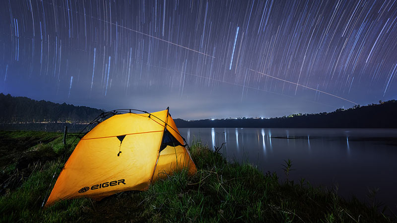 Camping in Bali: Camping at Lake Buyan