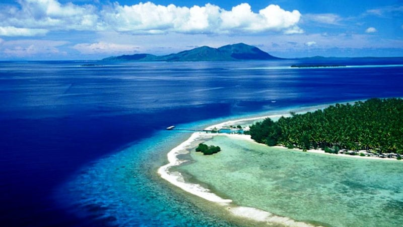 National parks in Indonesia: Karimunjawa national park in the Java sea