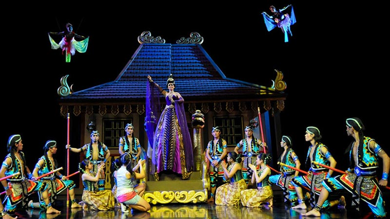 Things to do in Bali when it rains: Devdan Show at Nusa Dua Theatre